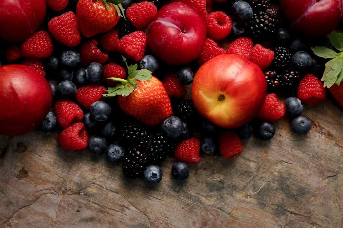Red Fruit - Food Photography - Giovanni Barsanti
